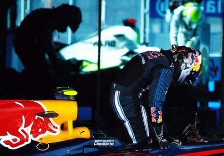 Sebastian Vettel molesto con las decisiones de Red Bull