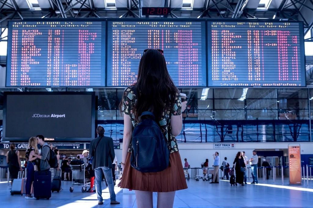 China a lo 'Black Mirror': bloquea 17,5 millones de billetes de avión de personas sin suficiente