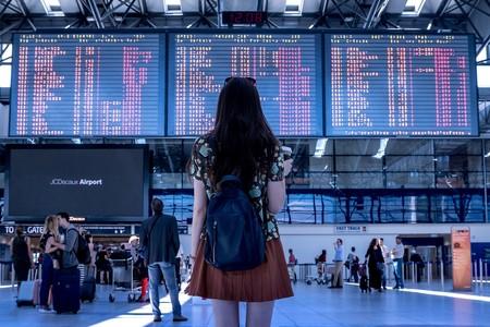 """China a lo 'Black Mirror': bloquea 17,5 millones de billetes de avión de personas sin suficiente """"crédito social"""""""