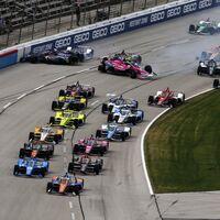 Pato O'Ward le dio a McLaren su primera victoria en la IndyCar esquivando el accidente múltiple de la salida