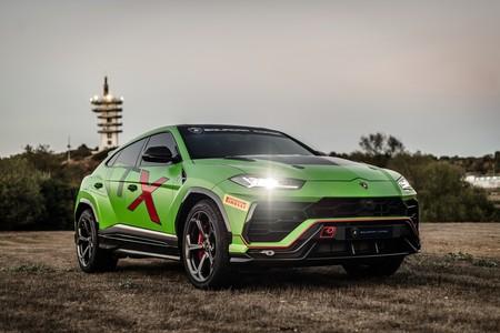 Lamborghini Urus ST-X: el SUV de 650 CV de Lamborghini se viste de carreras para 2020