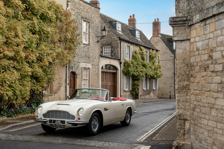 Foto de Aston Martin Heritage EV Concept (4/16)