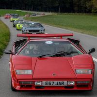 ¡Caravana de ensueño! Decenas de Lamborghini juntos en Suiza en el primer Concours d'Élégance de la marca