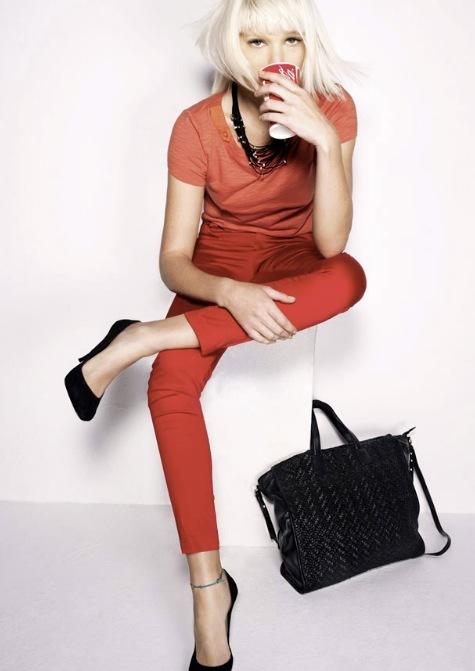 Foto de Tendencias Primavera 2011: el dominio del rojo en la ropa (25/28)