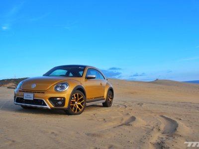 Probamos el Volkswagen Beetle Dune cómo debe ser: en las dunas y carreteras de Baja California
