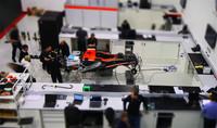 Marussia nos enseña el proceso de montaje de un Fórmula 1