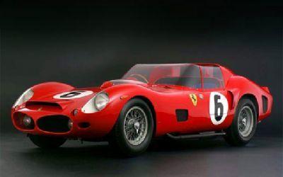 7 millones de euros por un Ferrari 330 TRI/LM,