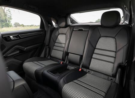 Porsche Cayenne Coupe Gts Prueba 18