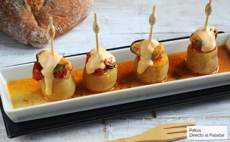 Pintxo de patatas y mejillones con alioli de su propio escabeche
