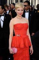 El look de Michelle Williams en la alfombra roja de los Oscars 2012