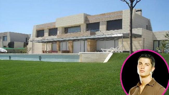 Las casas de famosos cristiano ronaldo for Casas de diseno de famosos
