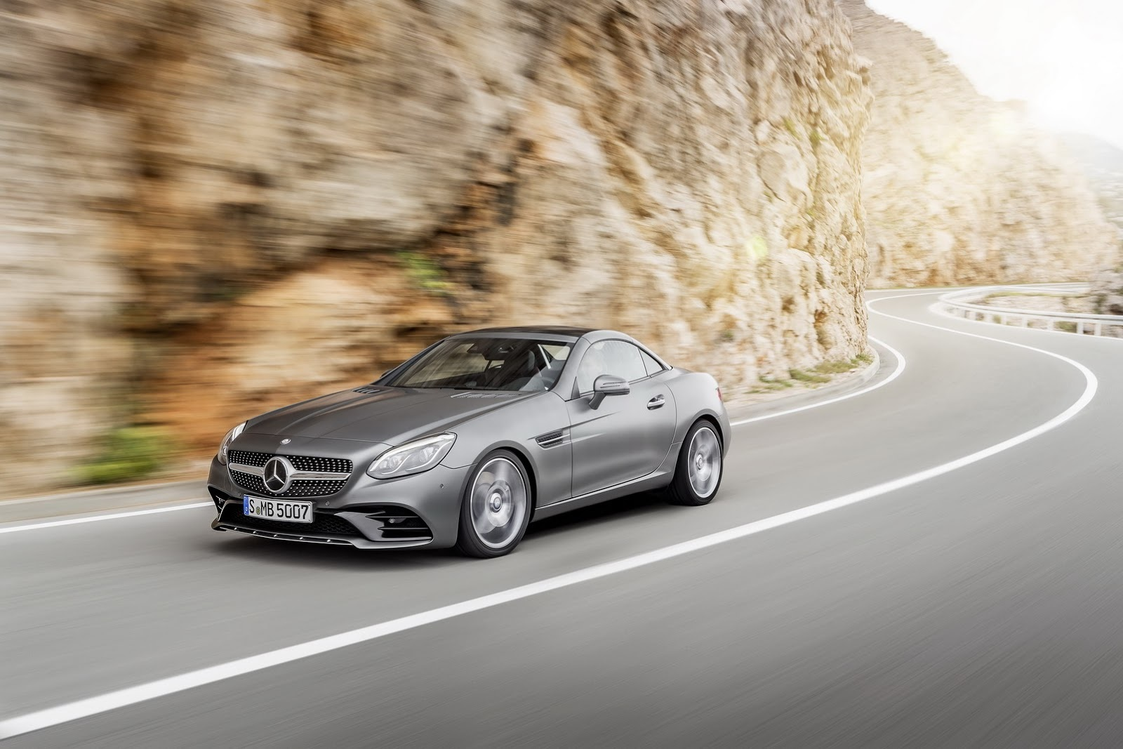 Foto de Mercedes-Benz SLC 2017 (6/17)