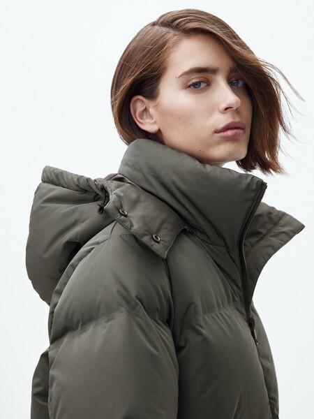 Para no pasar frío este otoño-invierno Massimo Dutti nos propone una nueva colección de abrigos y cazadoras acolchadas ideales