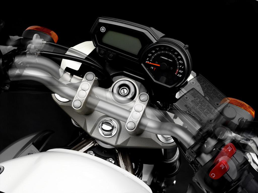 Foto de Yamaha XJ6, otra naked para 2009 (13/18)