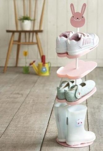 Divertido y práctico zapatero para niños