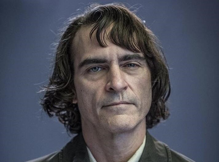 The first image of Joaquin Phoenix in