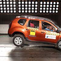 ¡No hay estrellas para el Renault Duster sin airbags! (pero sí 3 para el de un airbag)