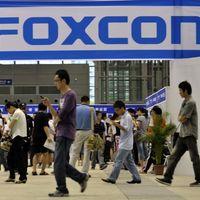 """Foxconn, encargado de ensamblar los iPhone, ve un 2019 """"difícil y competitivo"""""""