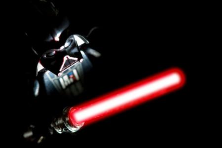 Por qué los sables de luz podrían ser mucho más letales de lo que George Lucas había planeado