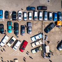 Los fabricantes de coches exigen al Gobierno que no fomente sólo coches eléctricos si quiere un Acuerdo de Automoción