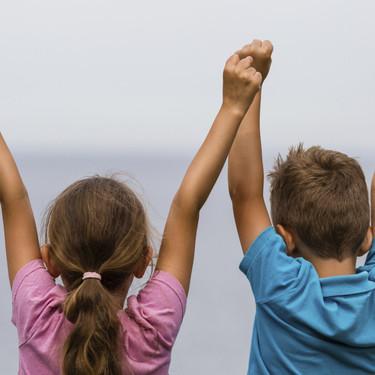 Tener hermanas ayuda a fomentar una buena salud emocional durante la adolescencia