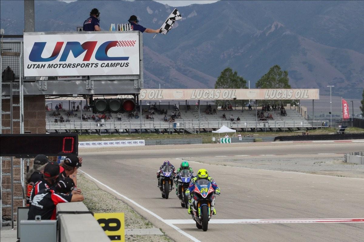 Toni Elías consigue el doblete en Utah y aumenta su ventaja en MotoAmerica hasta los 28 puntos