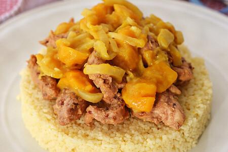 Cuscús con pollo y chutney de mango. Receta fácil