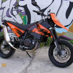 ktm-690-supermoto