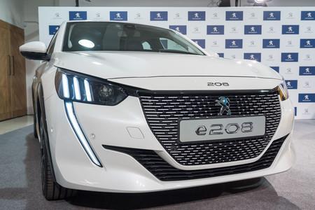 Peugeot e-208 2019 frontal
