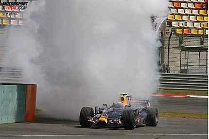 Webber y Heidfeld pierden posiciones en la parrilla