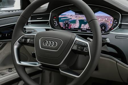 Audi A8 2018 panel instrumentos