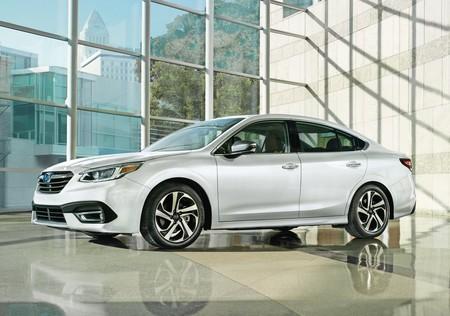 Subaru Legacy 2020 1280 01