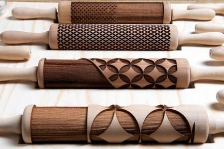 Originales rodillos de madera para hacer vajilla comestible