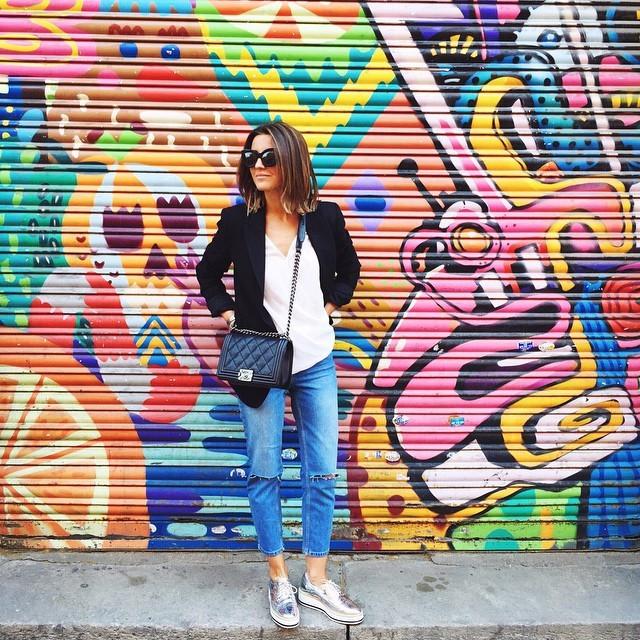 df280ccf6af24 Instagram está repleto de ellos  súmate a la tendencia de los zapatos  plateados