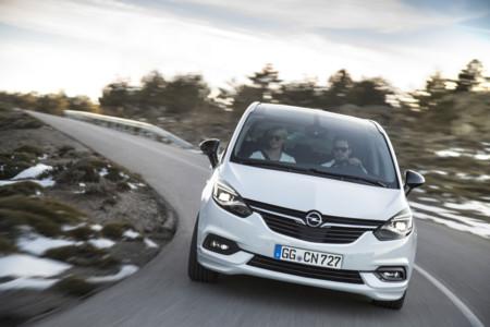 Opel Zafira 2016 2