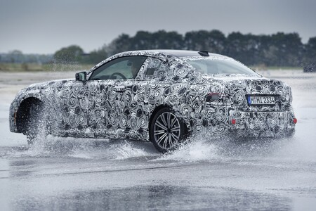 Bmw Serie 2 Coupe 2021 Teaser 027