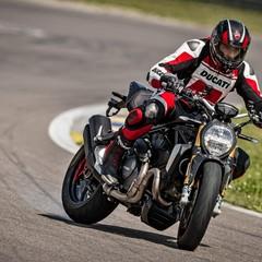 Foto 43 de 68 de la galería ducati-monster-1200-s-2020-color-negro en Motorpasion Moto