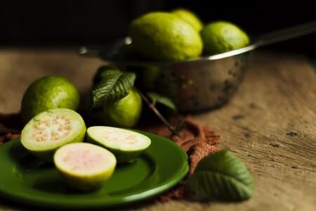 Beneficios De Guayaba Aporta Mas Vitamina C Que Naranjas Limones