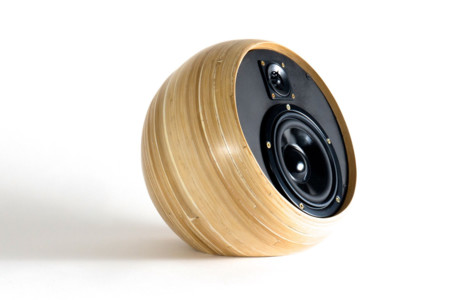 Hazang Bamboo Bluetooth Speakers 6 970x647 C