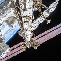 El módulo ruso de la Estación Espacial Internacional estuvo a punto de incendiarse: el olor a plástico quemado llegó hasta el módulo de EUA