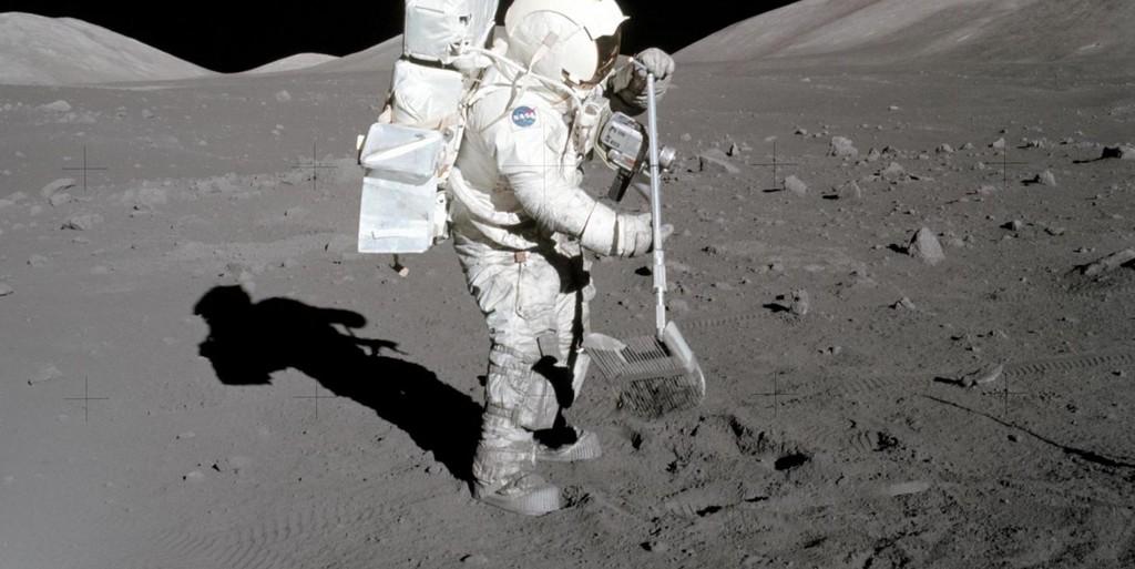 El polvo lunar puede ser un problema serio para los astronautas: proponen deshacerse de él con un haz de electrones