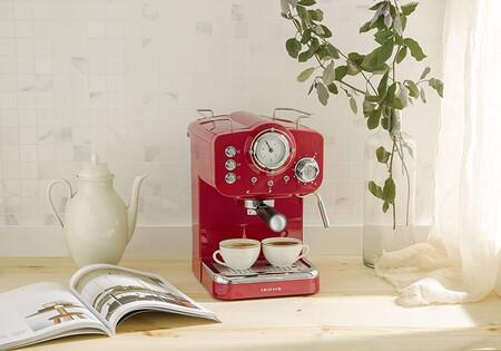 Las cinco cafeteras express manuales mejor valoradas (y más vendidas) en Amazon