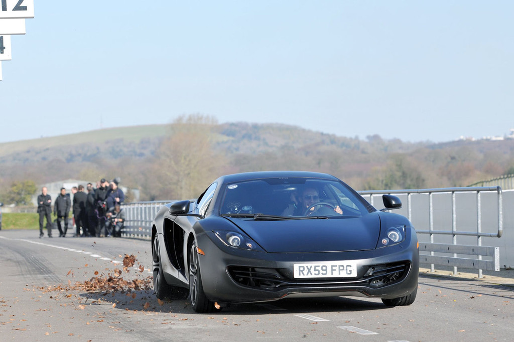 Foto de McLaren MP4-12C (16/123)