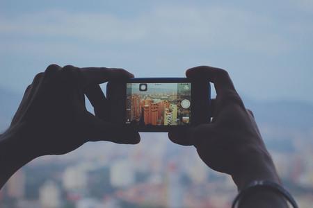 La batalla del vídeo vertical: 90 grados que están haciendo que nos perdamos una parte del mundo