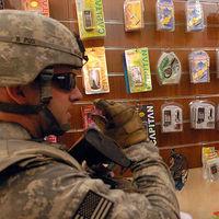 Ni Huawei ni ZTE: los militares norteamericanos no podrán comprar móviles chinos en sus bases
