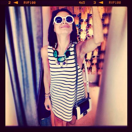Miroslava Duma Instagram vestido rayas