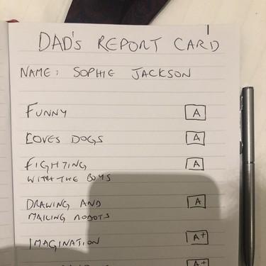 El tierno boletín de notas que elaboró un padre a su hija con autismo