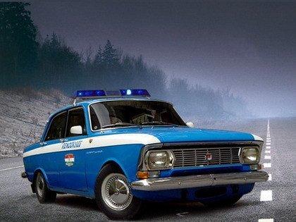 Recopilación de coches de policía extraños (si, todavía hay más)