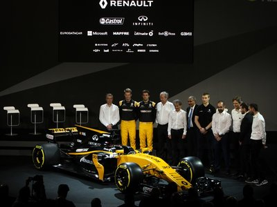 Renault presenta el R.S.17 con sabor español y ambiciosos objetivos