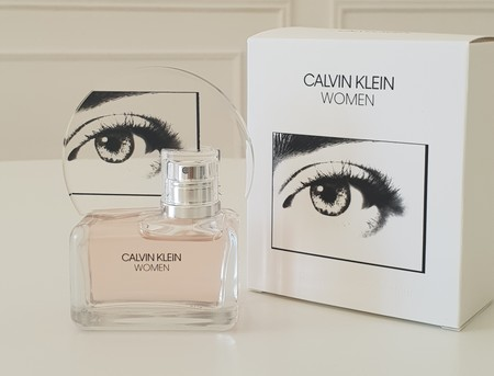 Probamos Calvin Klein Women, la fragancia más girlpower de la firma para este otoño